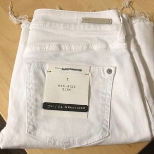 Mid-rise slim shorts Pilco and the Letter Press